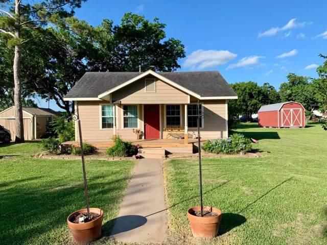 1010 Avenue H N, Markham, TX 77414 (MLS #72360081) :: The Sold By Valdez Team