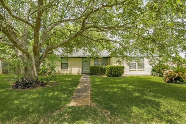 704 Salisbury Lane, Wharton, TX 77488 (MLS #7236489) :: Texas Home Shop Realty