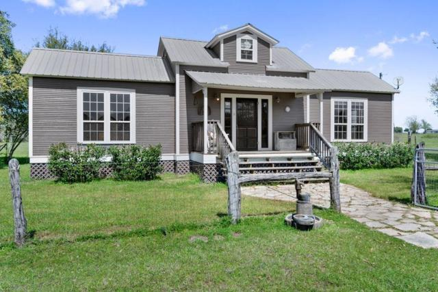 9022 Winedale Rd Road, Burton, TX 77835 (MLS #72467688) :: Texas Home Shop Realty