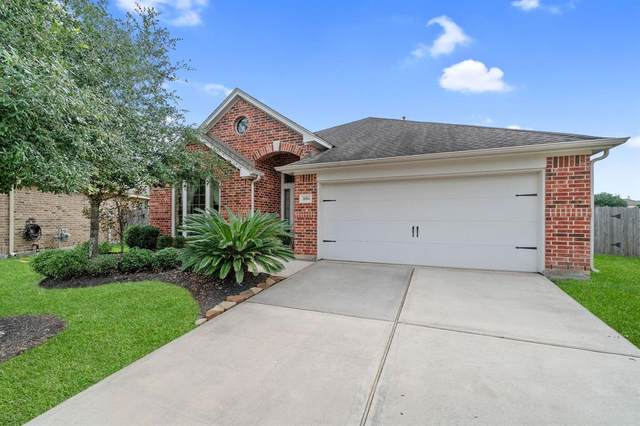 31806 Oak Thicket Court, Conroe, TX 77385 (MLS #72482094) :: The Andrea Curran Team powered by Styled Real Estate