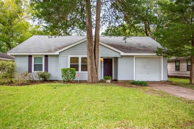 326 Cypress Street, Lake Jackson, TX 77566 (MLS #7249463) :: Texas Home Shop Realty