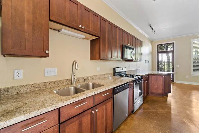 1602 Elgin Street #6, Houston, TX 77004 (MLS #72575426) :: Caskey Realty