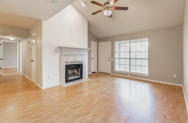 1860 White Oak Drive #310, Houston, TX 77009 (MLS #72602131) :: The Freund Group
