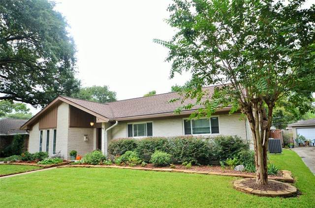 6130 Valkeith Drive, Houston, TX 77096 (MLS #72608691) :: The SOLD by George Team