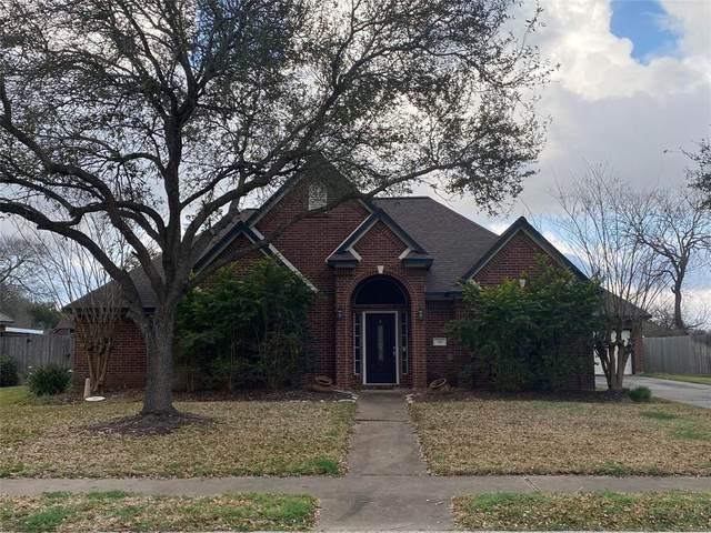 116 Portulaca Street, Lake Jackson, TX 77566 (MLS #72611995) :: Michele Harmon Team