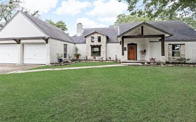 20096 Englin Road, Winnie, TX 77665 (MLS #72614873) :: All Cities USA Realty