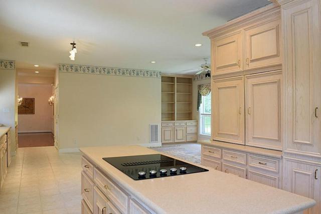 15720 Lakeway Dr Drive, Willis, TX 77318 (MLS #72620256) :: Giorgi Real Estate Group