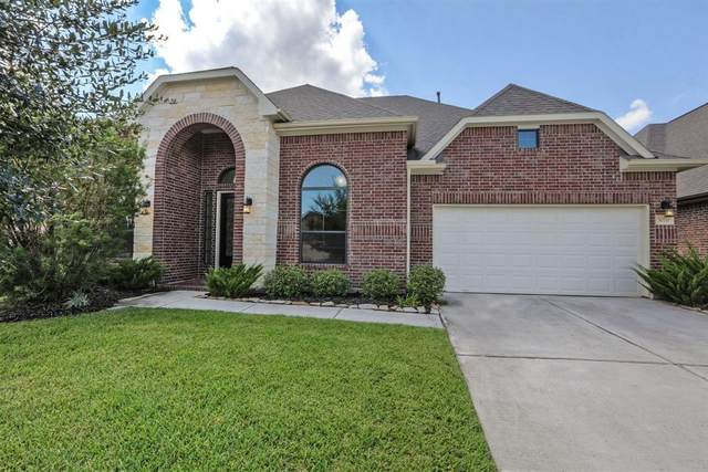 30711 Howes Drive, Spring, TX 77386 (MLS #72621692) :: The SOLD by George Team