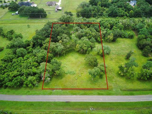 839 Cross Timbers Drive, Rosharon, TX 77583 (MLS #72626176) :: The Property Guys