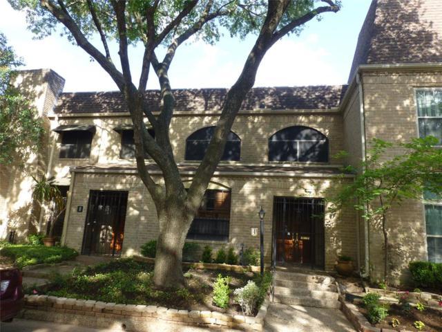 4 Bayou Pointe Drive, Houston, TX 77063 (MLS #72627010) :: Giorgi Real Estate Group