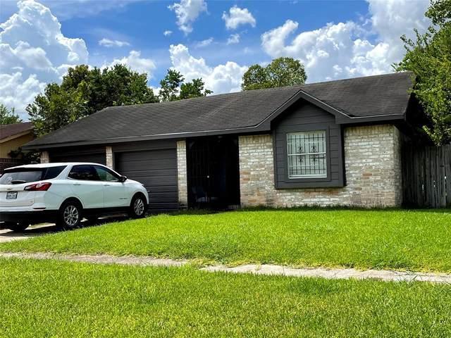 11814 Bay Cedar Drive, Houston, TX 77048 (MLS #72634060) :: The Wendy Sherman Team