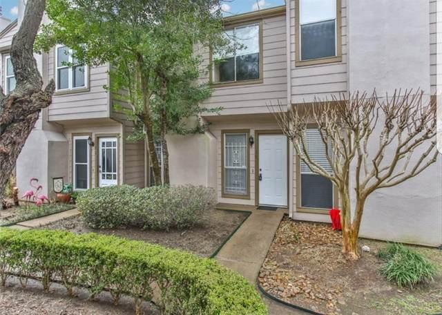 5917 Fairdale Lane #10, Houston, TX 77057 (MLS #72663636) :: Christy Buck Team