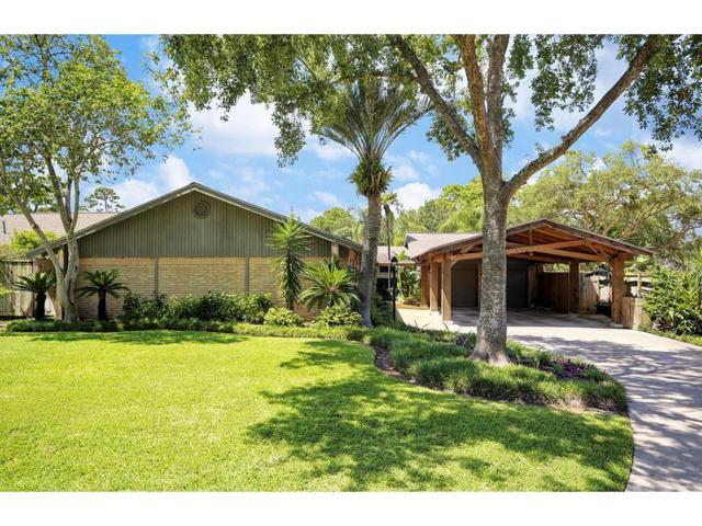 130 Lazywood Lane, Taylor Lake Village, TX 77586 (MLS #72664864) :: REMAX Space Center - The Bly Team