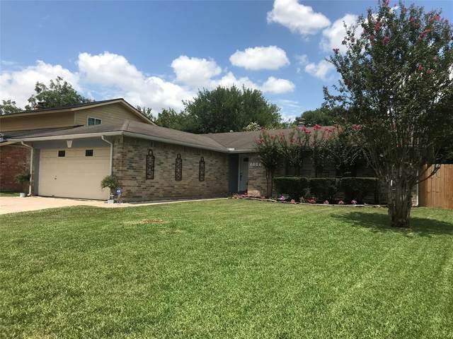8406 Daycoach Lane Lane, Houston, TX 77064 (MLS #72690775) :: TEXdot Realtors, Inc.