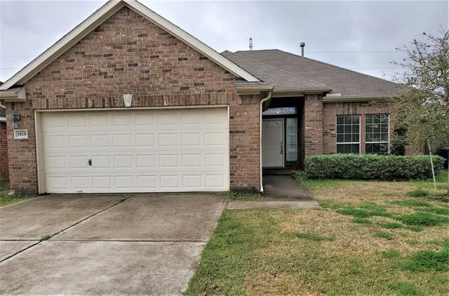 3818 Elderberry Drive, Dickinson, TX 77539 (MLS #72741332) :: Phyllis Foster Real Estate