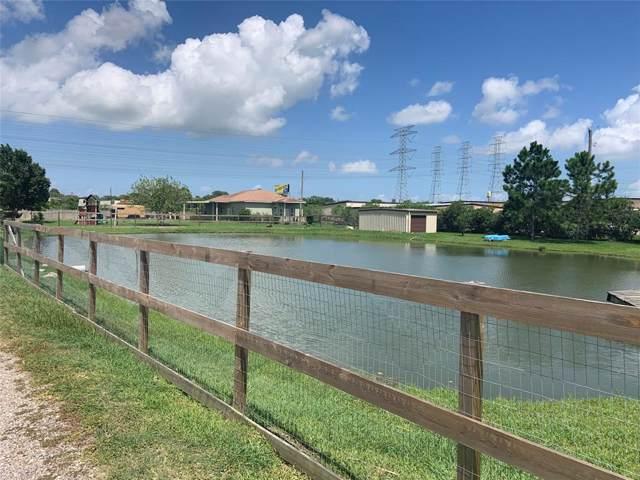 4555 Vicksburg Road, Dickinson, TX 77539 (MLS #72783274) :: Phyllis Foster Real Estate