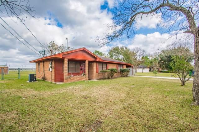 1225 Fairground Lane, Angleton, TX 77515 (MLS #72919100) :: Texas Home Shop Realty