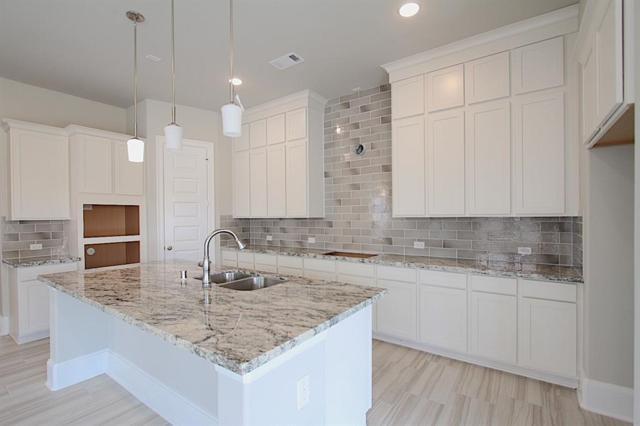 424 San Bernard Street, Webster, TX 77598 (MLS #72967043) :: The Stanfield Team | Stanfield Properties