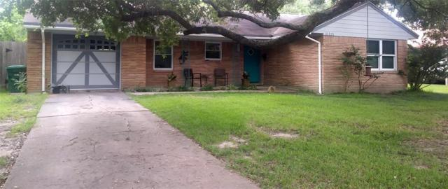 11121 Cliffwood Drive, Houston, TX 77035 (MLS #73056267) :: NewHomePrograms.com LLC
