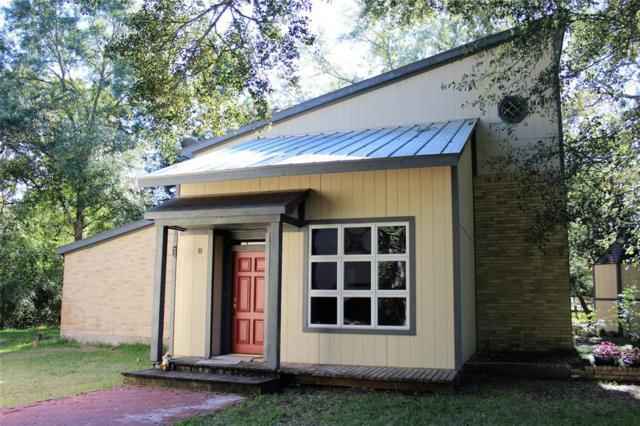 582 Mustang Lane, Bellville, TX 77418 (MLS #73171610) :: Fairwater Westmont Real Estate