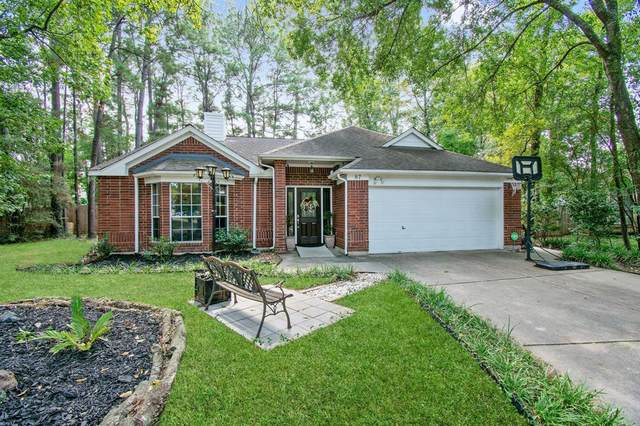 87 Laughing Brook Court, The Woodlands, TX 77380 (MLS #73287301) :: The Heyl Group at Keller Williams