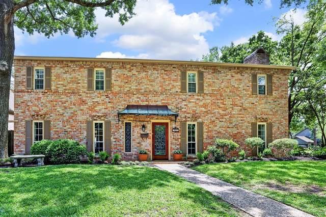 13623 Kingsride Lane, Houston, TX 77079 (MLS #7332135) :: NewHomePrograms.com LLC