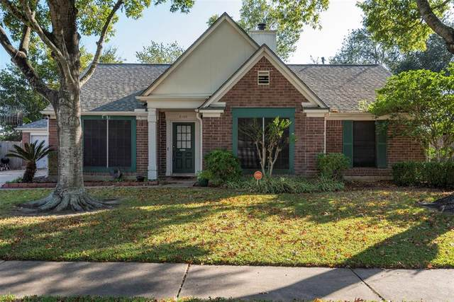 5106 Spring Branch Drive, Pearland, TX 77584 (MLS #73377881) :: The Bly Team