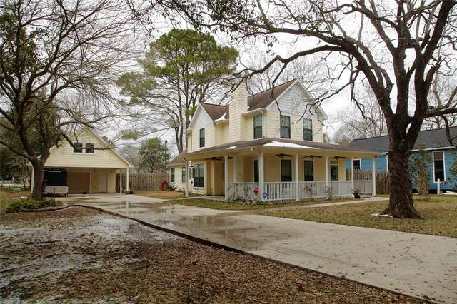 308 E Lawrence Street, Dayton, TX 77535 (MLS #73441847) :: Texas Home Shop Realty