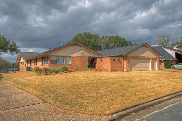 1118 Lakeside Drive, Huntsville, TX 77340 (MLS #73447076) :: Christy Buck Team