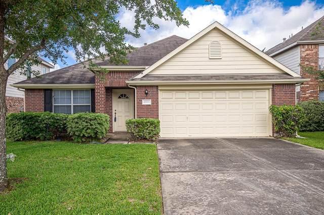 6926 Bear Oaks Drive, Houston, TX 77083 (MLS #73494025) :: Rachel Lee Realtor