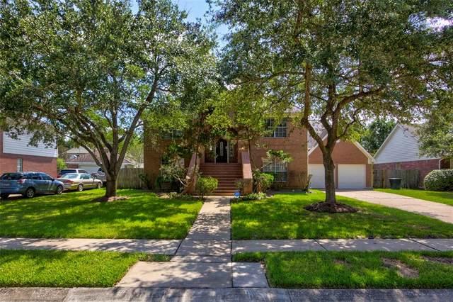 2527 Falcon Ridge Street, Pearland, TX 77584 (MLS #73598307) :: Christy Buck Team