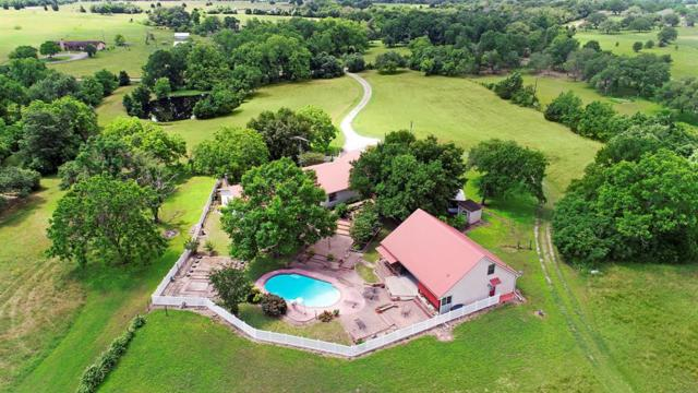 4999 Hranicky Road, Schulenburg, TX 78956 (MLS #73668226) :: Texas Home Shop Realty