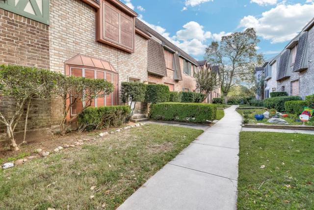 830 Threadneedle Street #238, Houston, TX 77079 (MLS #73706194) :: Fairwater Westmont Real Estate