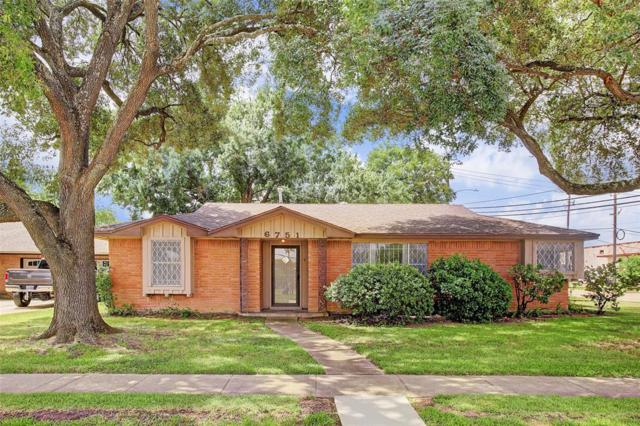6751 Grovewood Lane, Houston, TX 77008 (MLS #73722798) :: The Heyl Group at Keller Williams