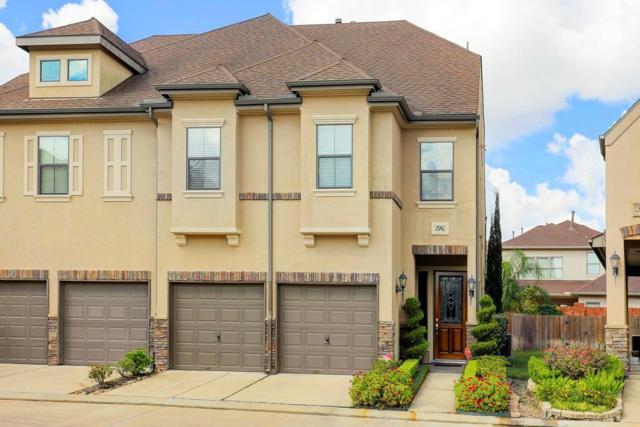 2910 Royal Oaks Crest, Houston, TX 77082 (MLS #73873331) :: Texas Home Shop Realty