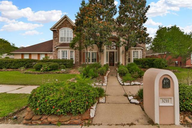 3211 Wilshire Lane, Baytown, TX 77521 (MLS #73875816) :: Texas Home Shop Realty