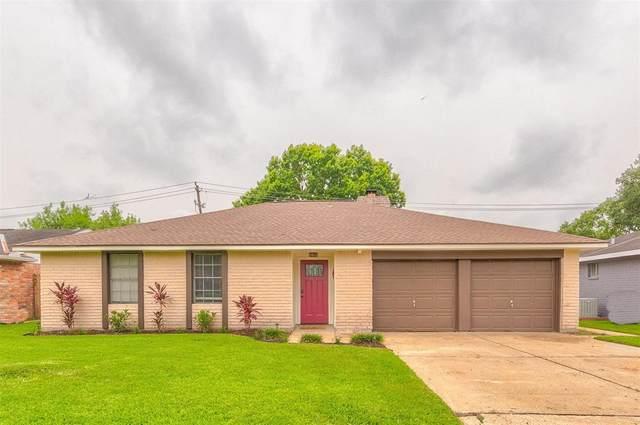 16614 David Glen Drive, Friendswood, TX 77546 (MLS #73884327) :: Ellison Real Estate Team