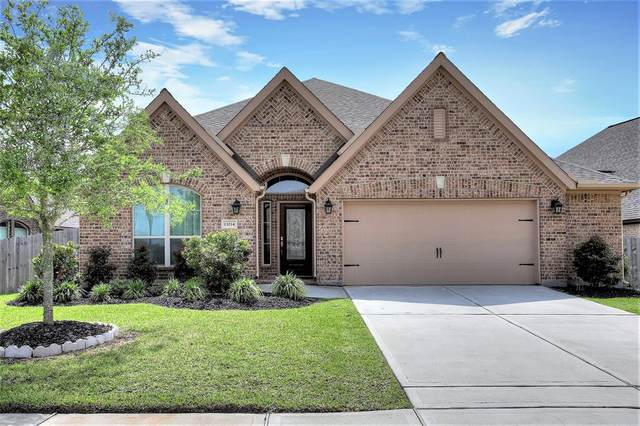 13214 Sage Meadow Lane, Pearland, TX 77584 (MLS #74152350) :: CORE Realty