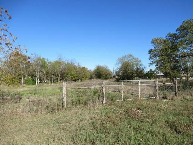 000 Avenue E, Somerville, TX 77879 (MLS #74186870) :: Texas Home Shop Realty
