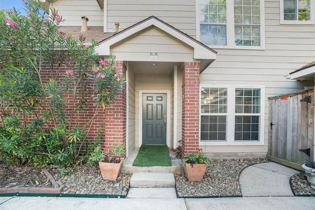 15 S Avonlea Circle, The Woodlands, TX 77382 (MLS #74216815) :: The Home Branch