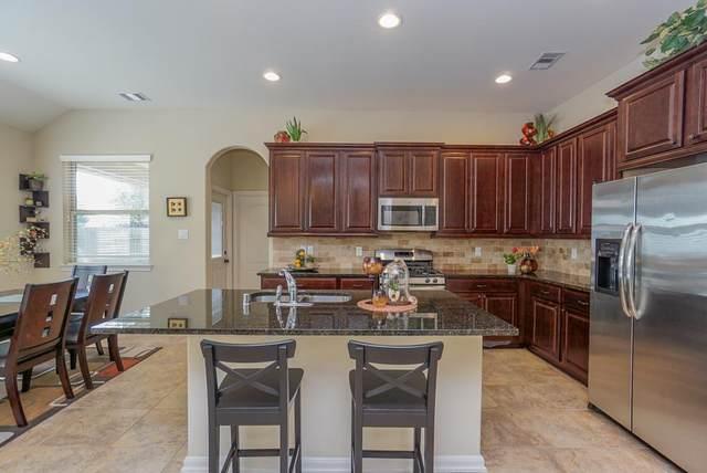 4930 Ginger Bluff Trl, Katy, TX 77494 (MLS #74261547) :: The Wendy Sherman Team