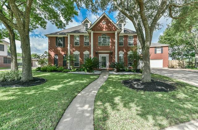 1802 Cloud Croft Drive, Friendswood, TX 77546 (MLS #74290154) :: The Home Branch