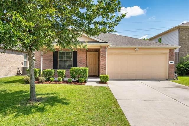 16410 Peyton Ridge Circle, Houston, TX 77049 (MLS #74328538) :: NewHomePrograms.com