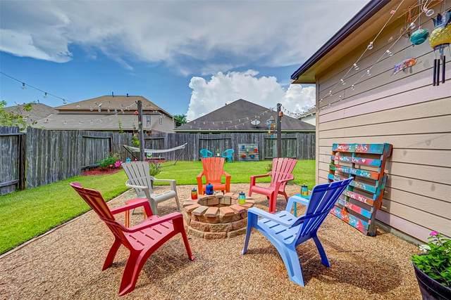 1018 Grafton Garden Lane, Fresno, TX 77545 (MLS #74363330) :: NewHomePrograms.com