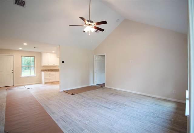 31019 Mistletoe Trail, Magnolia, TX 77354 (MLS #74406249) :: Phyllis Foster Real Estate