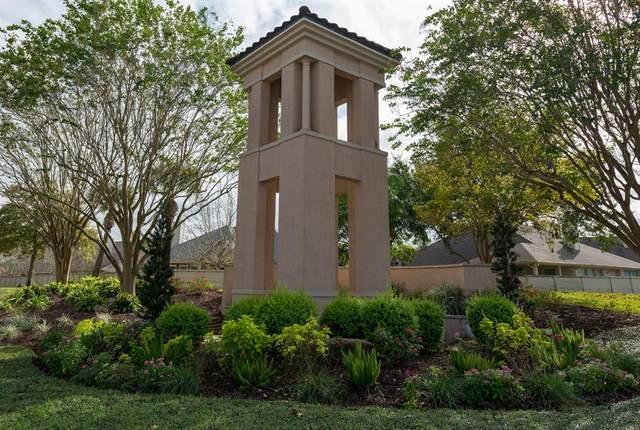 1201 N Riviera Circle, Pearland, TX 77581 (MLS #74444713) :: Homemax Properties