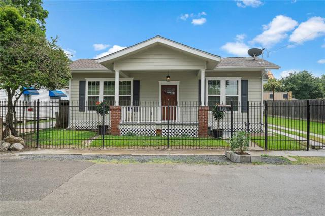 106 Alma Street, Houston, TX 77009 (MLS #74523320) :: The Heyl Group at Keller Williams