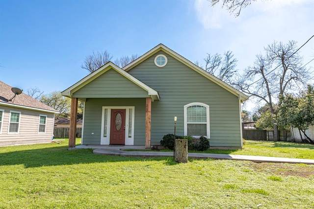 1127 Jackson Street, Columbus, TX 78934 (MLS #74549010) :: Phyllis Foster Real Estate