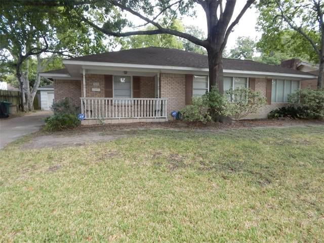 3418 Linkwood Drive, Houston, TX 77025 (MLS #74567285) :: My BCS Home Real Estate Group