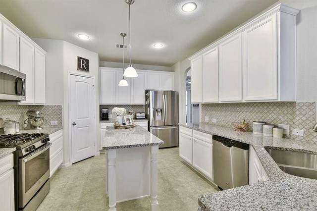 107 Forest Heights Way, Montgomery, TX 77316 (MLS #74662828) :: The Freund Group